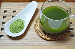 大麦若葉100%青汁 粉末とお茶